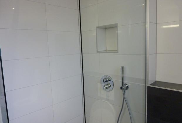 Nieuwe Badkamer Plaatsen : Badkamer plaatsen van belzen montage