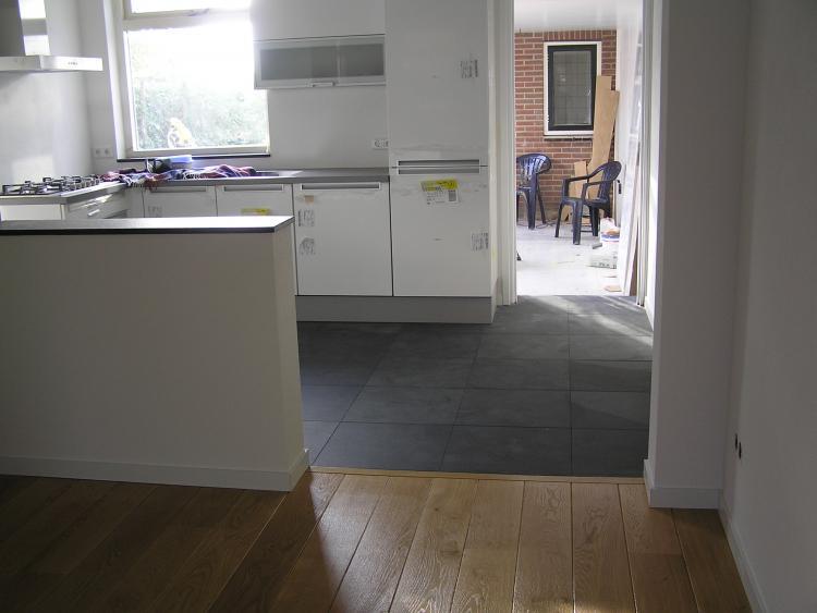 Keuken Renovatie Zeeland : Lichte (half)open keuken
