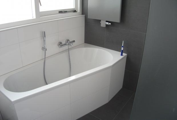 20170419 002330 grijs witte badkamer - Zen toilet decoratie ...
